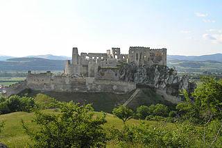 Beckovský hrad panorama